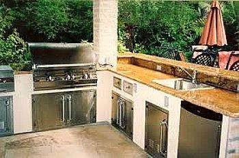 outdoor sink in full kitchen