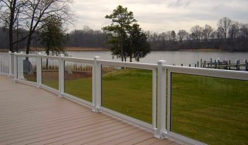 aluminum deck railing with glass inserts