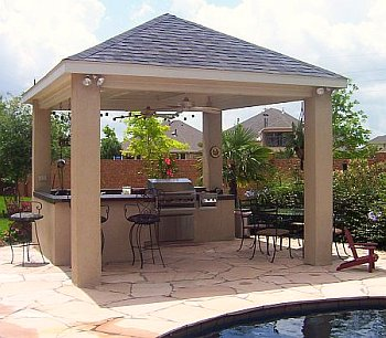 Covered kitchen by the pool