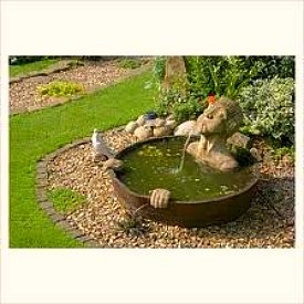 The best small water features for small spaces and budgets - Water features for small spaces plan ...