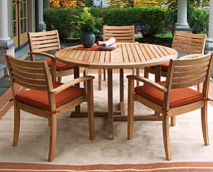 Teak Deck Furniture May be the Best Long Term Value