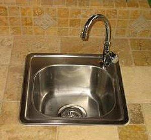 Outdoor Sink in Tile